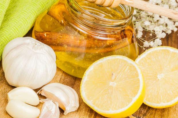 Remediu naturist contra racelii - Lamaie, usturoi, scortisoara, ardei iute, ghimbir si miere